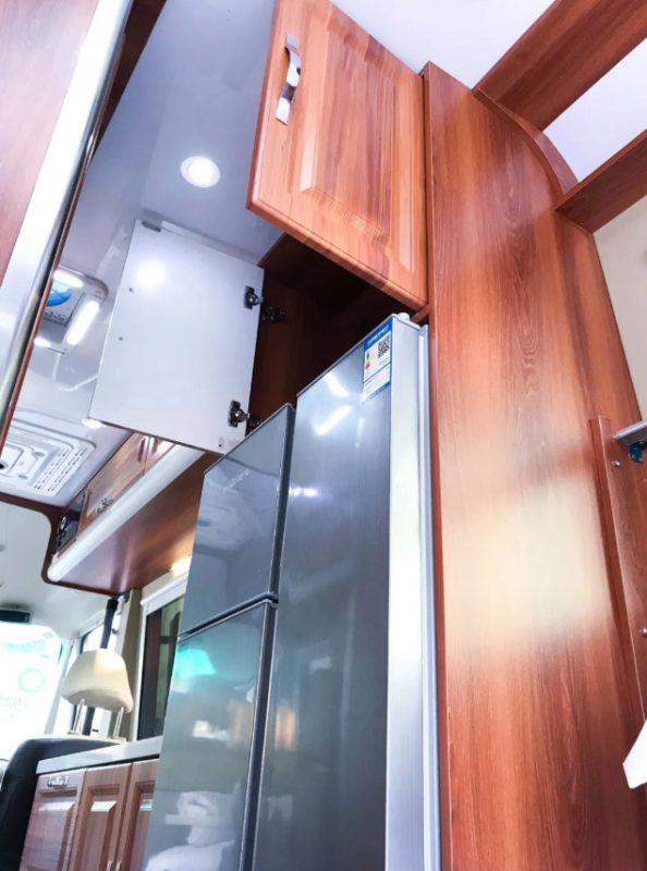 五菱房车的冰箱图片